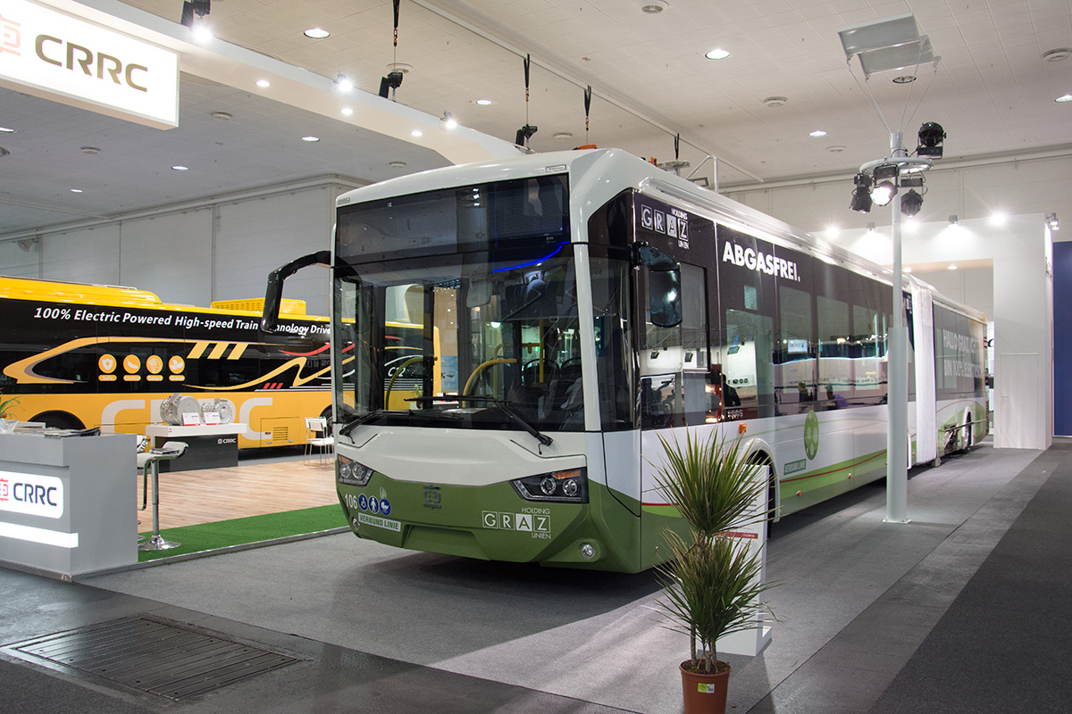 Elektrogelenkbus der Firma CRRC